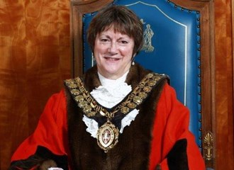 Barnsley's new Mayor to start our celebration walk